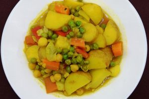 Vegetable and Pea Curry